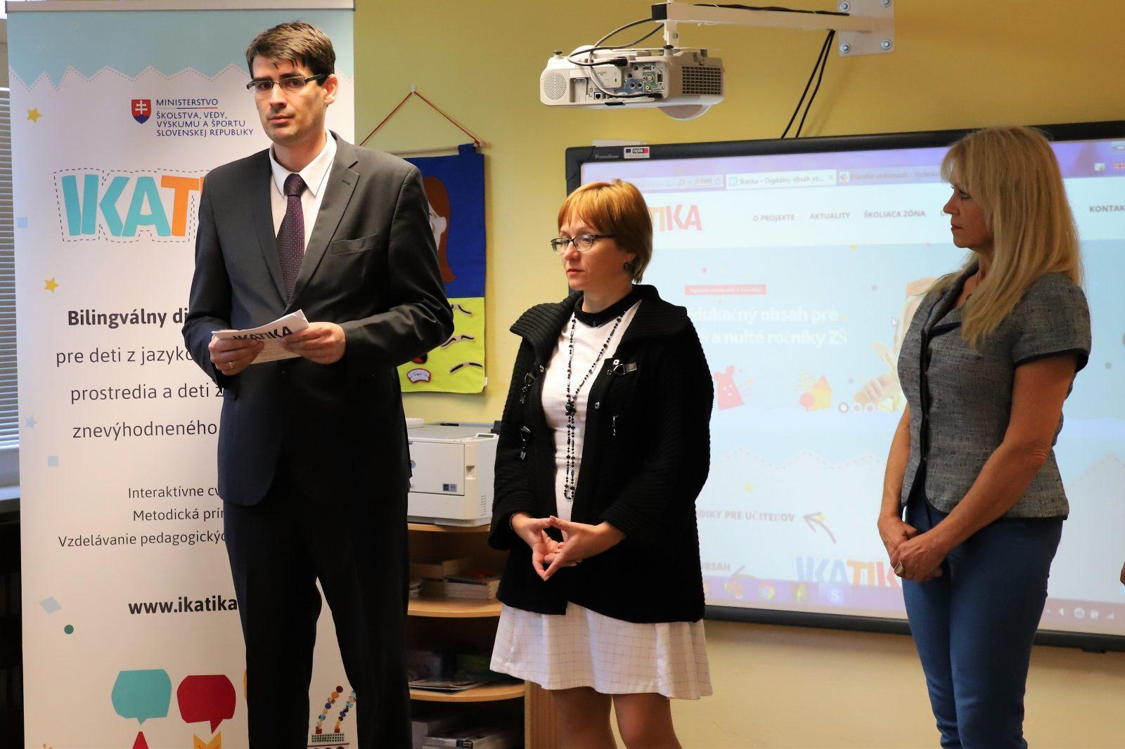 Pilotný projekt IKATIKA otestuje výučbu s digitálnym obsahom v jazyku menšín